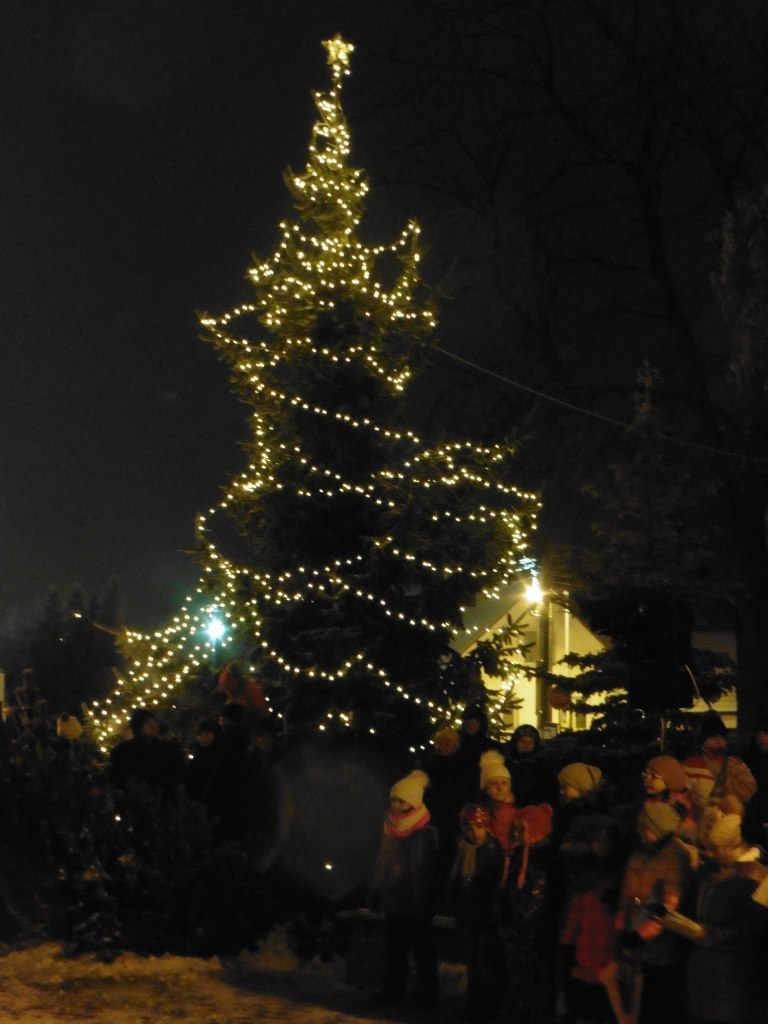 Rozsvěcení vánočního stromu 2018 13