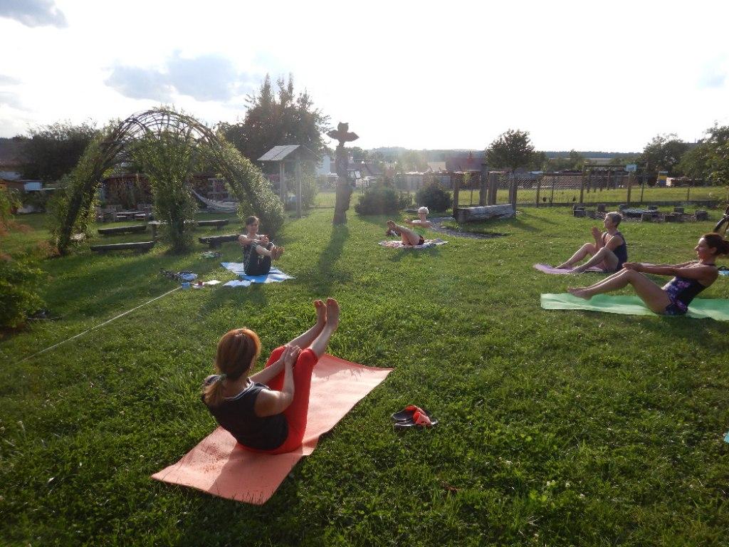 Prázdninové cvičení jógy s Danielou 3