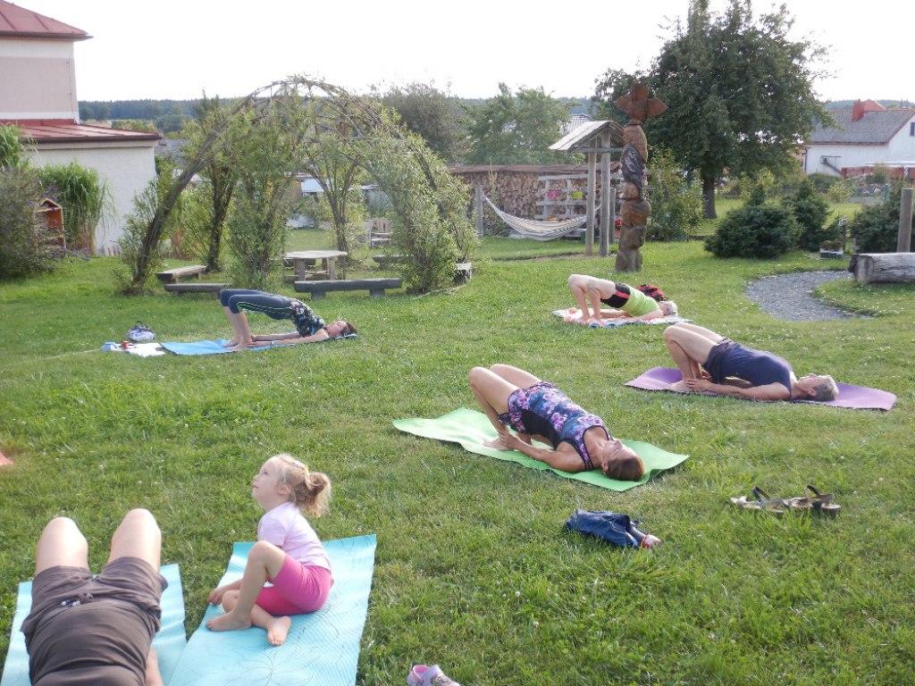 Prázdninové cvičení jógy s Danielou 16